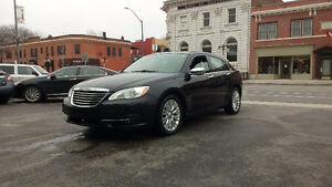 2011 Chrysler 200-Series LIMITED  ONLY $8999.99 +HST + LICENCE!!