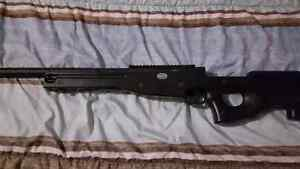 Air soft sniper spring loaded London Ontario image 2