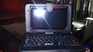 Android tablet 8 inch quad core w/case and attachable keyboard