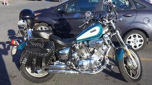 moto Yamaha virago 1100 cc 1994 , beaucoup de chrome
