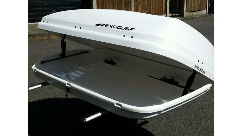 Exodus Roof Box 470l Gloss White Car Top Box In