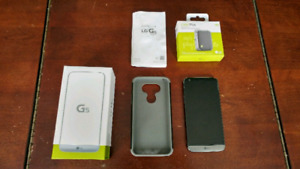 LgG5 case/charger/cam plus all in box