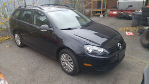 2011 Volkswagen Golf Wagon $8995