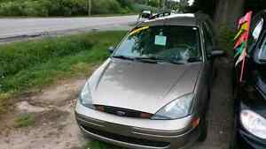 2004 ford focus waggon safety and e-test included London Ontario image 3
