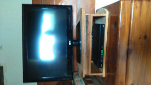 LG TV, DVD PLAYER AND STAND