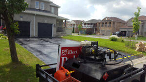 Driveway sealer with Trailer