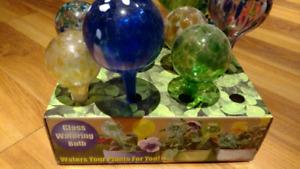 Watering aquaglobes