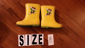 Rubber Boots  size 8 $5