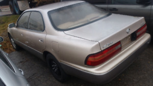 1995 LEXUS ES300 170000KM NO RUST EXELENT CONDITION AđK 1000$O.B