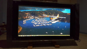 "47"" led 1080p flat screw with Side speakers"