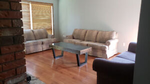 3 Bedroom Upstairs House For Rent