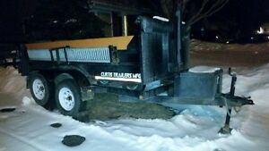 5 x 10 double axel dump trailer with remote control