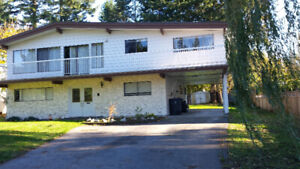 5 Bed, 3 Bath House in Panorama Ridge for Rent