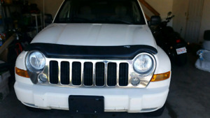 2005 jeep liberty in good running condition