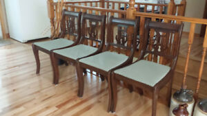 Antique Duncan Phyfe Dining Room Table & 4 Lyre Back Chairs