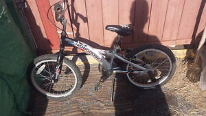 mongoose kids bike mint condition tuned up