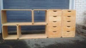 meubles en bois/bibliothèque/rangement/Ikea/etagere/tablettes