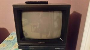 TV 13 po de marque Emerson