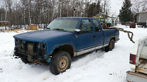 Parting out 93 chevy 4x4 diesel