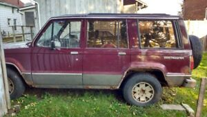 Sold 1989 Isuzu Trooper SUV, Crossover