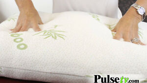 BAMBOO PILLOW %100 BRAND NEW IN PACKING REAL BAMBOO
