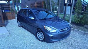 2012 Hyundai Accent GL Électrique à hayons ( 5 portes )