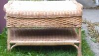 NATURAL WICKER COFFEE TABLE GOOD CONDITION
