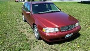 1998 Volvo S70 2.4L non turbo Sedan