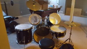 Pacific Drum Set