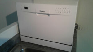 DANBY COUNTER TOP DISHWASHER, LIKE NEW