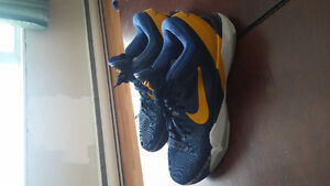Basket ball shoes barely worn OBO