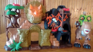Imaginext T-Rexx and Dinosaur Fortress Playset