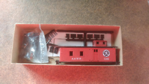 HO Scale Roundhouse Red Caboose A&WP