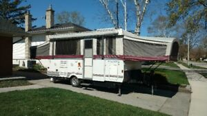 Highwall popup trailer for rent