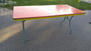 Banquet style table with Folding Legs