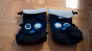 Stonz Boots and Linerz - Size Large