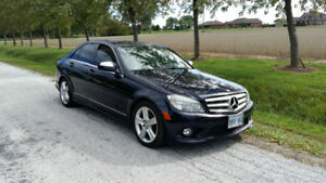 Well Maintained 2009 Mercedes C300