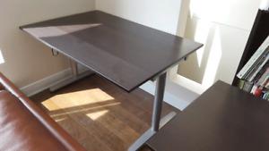 Table d'ordinateur Ikea brun foncé