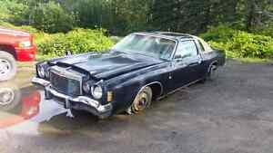 76 Chrysler Cordoba