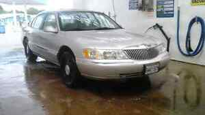 1998 Lincoln Continental MINT/LOW KM'S