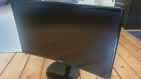 """SAMSUNG 24"""" CURVED MONITOR"""