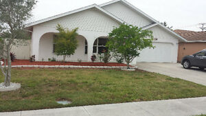 VENICE FLORIDA - GEORGEOUS ALL INCLUSIVE  VACATION HOME -GOLFERS
