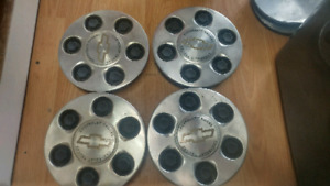 6 Bolt CHEVROLET HubCap Set