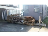 FREE - 30 Broken Pallets - FREE to anyone who can collect from Barry/Sully