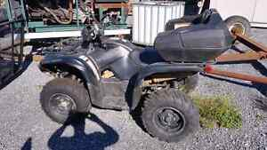 2015 Yamaha Grizzly special edition matte black 700 Kingston Kingston Area image 2