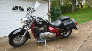 Custom Black and Burgundy Suzuki Boulevard