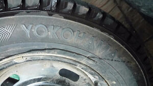 4x Yokohama Ice ON Rim 215/70 R15 450.00 OBO Kawartha Lakes Peterborough Area image 5