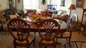 Cherry Wood Dining Table/Chairs