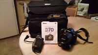 Nikon D70  (body, lens , case and charger)
