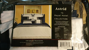 All-in Bedding Set - Queen Size - Blue and White